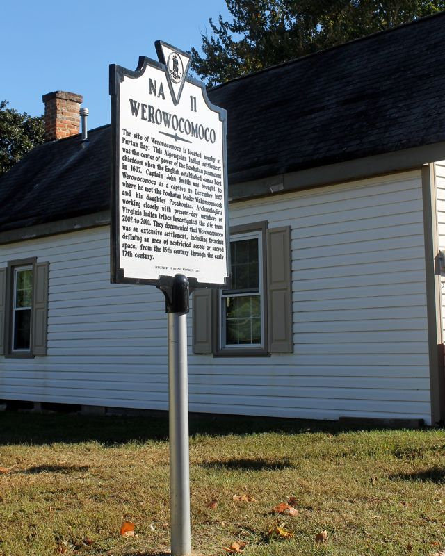 Historic marker about the Werowocomoco Indians