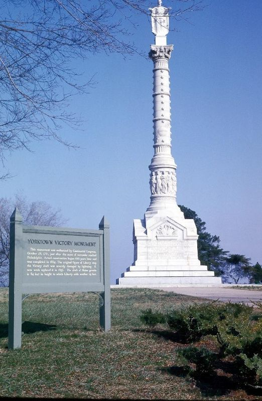 4606776-Yorktown_Victory_Monument.jpg
