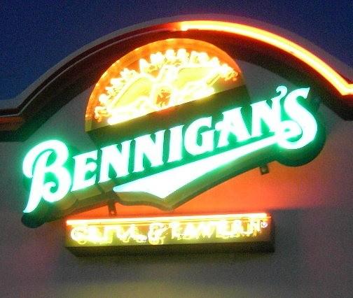 Bennigan's sign