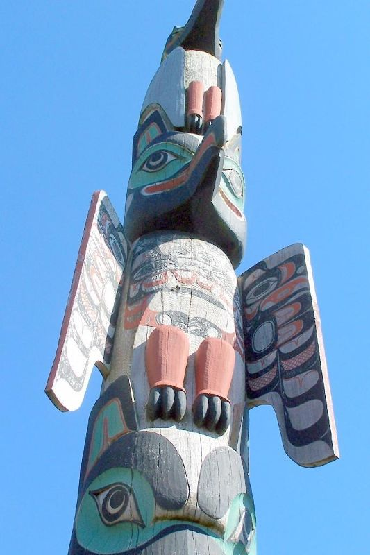 Crane at the Top of the totem