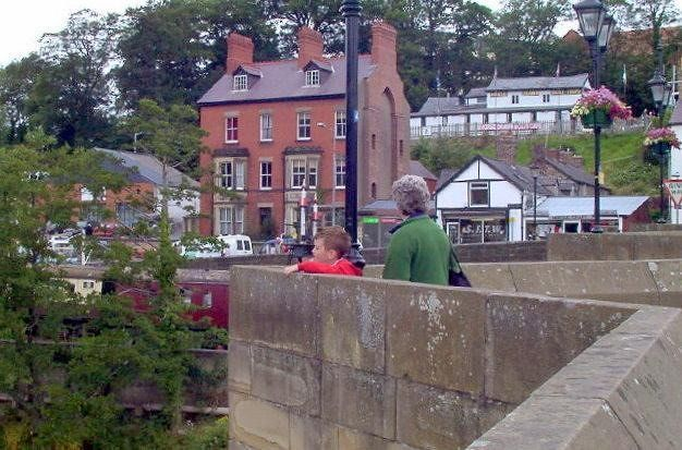 Standing in the bridge cutout