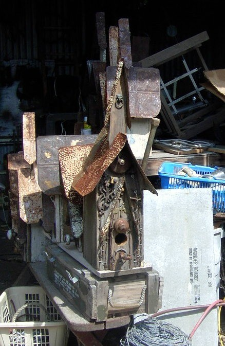 birdhouse from scraps