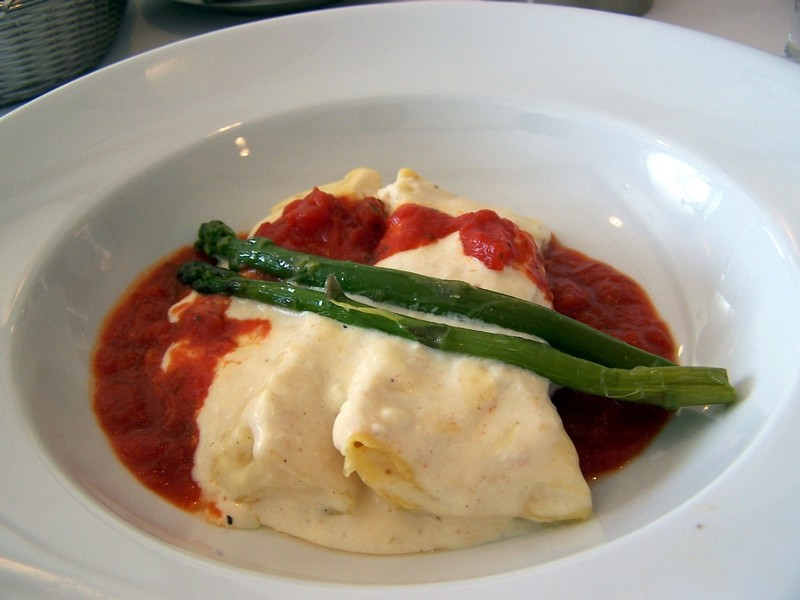Riccotta and asparagus