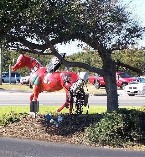 large_630729551854529-Red_Horse_in..die_Island.jpg