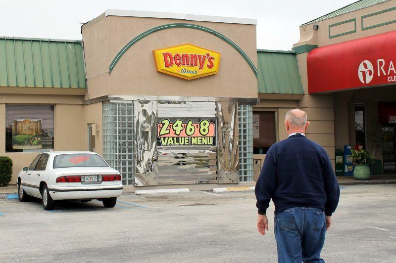 Bob walking in to Denny's