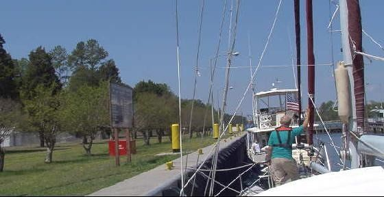 652429-Bob_on_the_deck_handling_lines_Norfolk.jpg