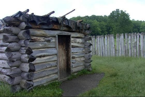 Small storehouse inside the stockade