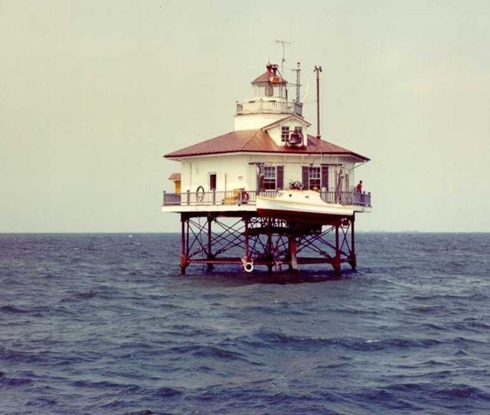 Original Holland Island Bar Light