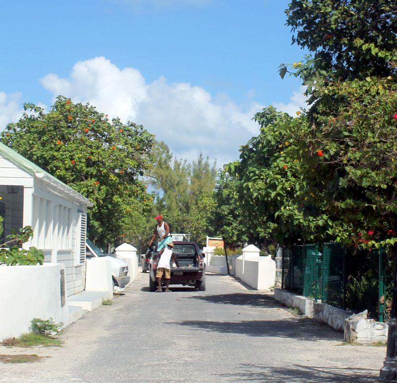 Narrow one way street - Grand Turk