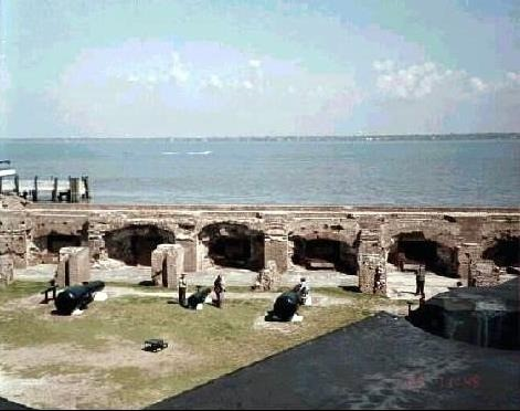 -Looking_down_into_the_fort-Fort_Sumter_National_Monument