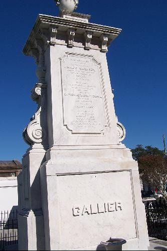 Monument to the Gallier family
