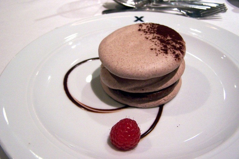 Cocoa Meringue with chocolate Cream.