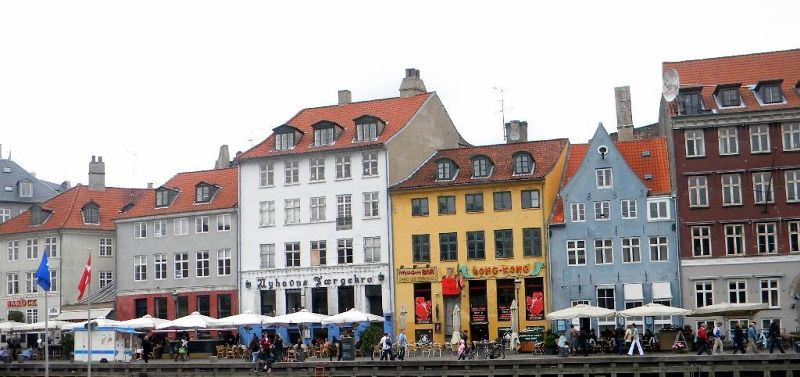 Nyhavn rainbow painted houses