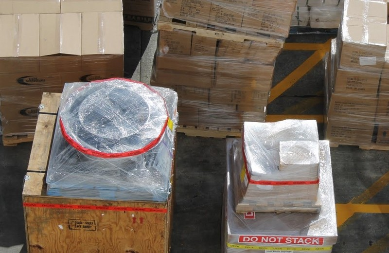 Engine (crate on left) and Do Not Stack package with something stacked