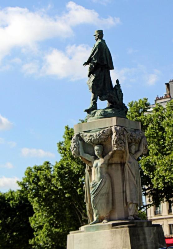Joseph Gallieni Statue