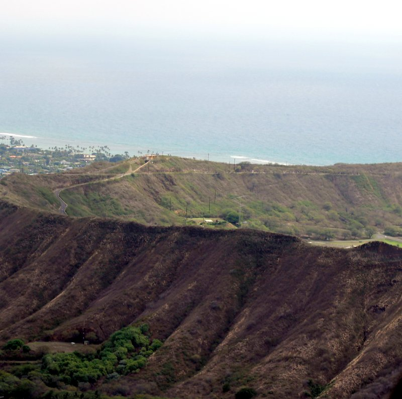 Approaching Diamond Head