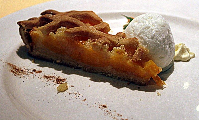 Peach tart - Nov 7 lunch - very good