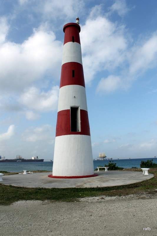 Pinders Point Lighthouse