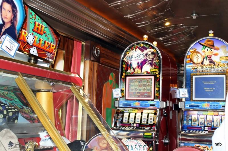 Slots in the casina
