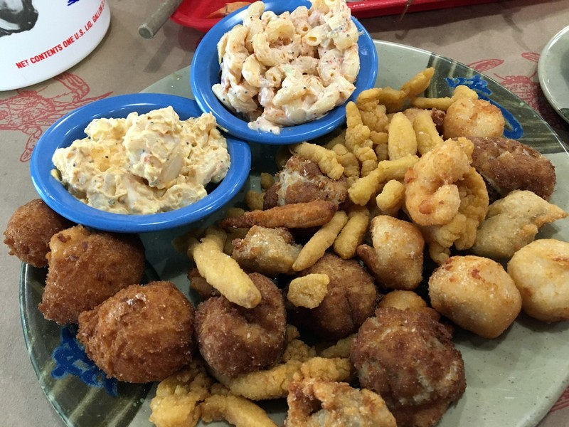 Fried seafood dinner $26.99