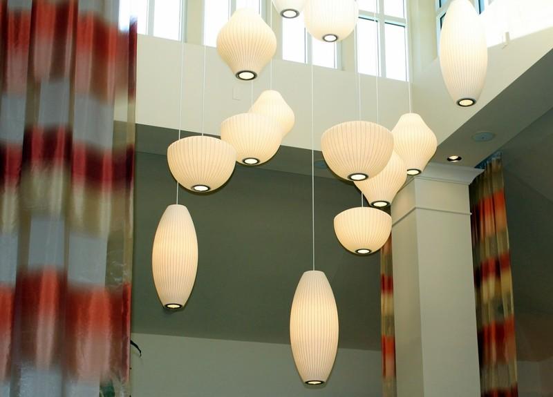 Light in the breakfast area