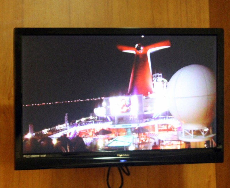 TV tuned to the stern camera