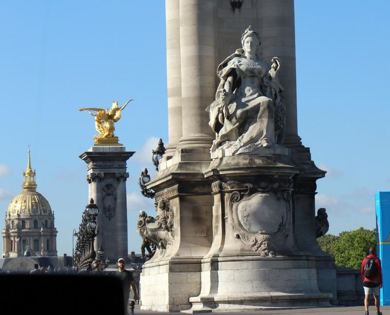 Statue on Pont Alexandre III Bridge