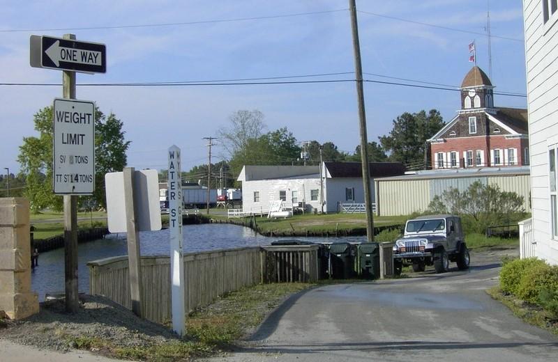 Wynn's Gut and Water Street