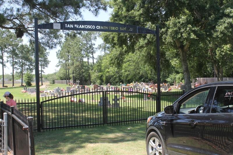 San Francisco Cementerio Sociedad gate