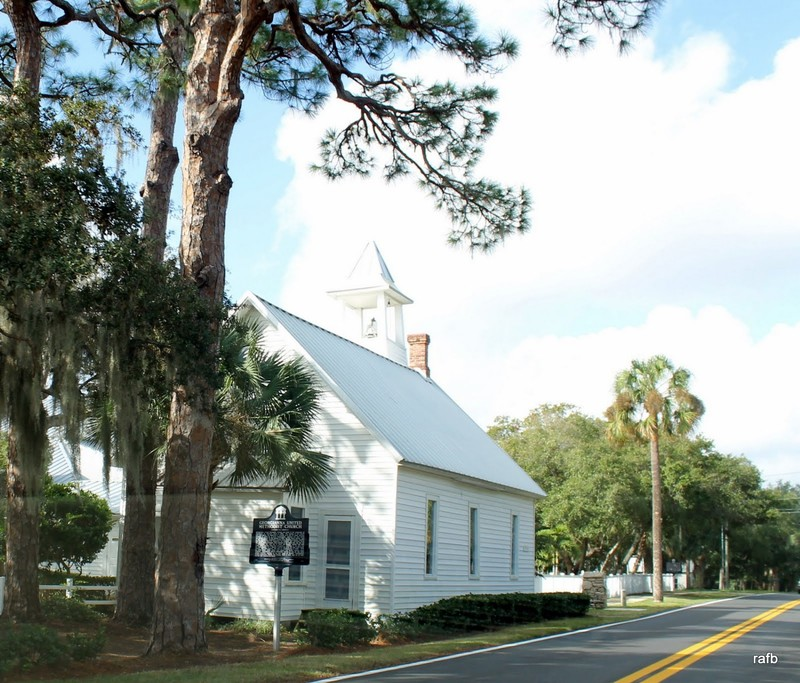 Crooked Mile church