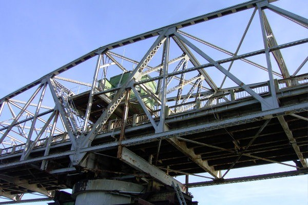 Looking up at the Ben Sawyer Bridge
