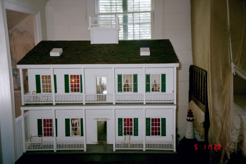 Front of the doll house
