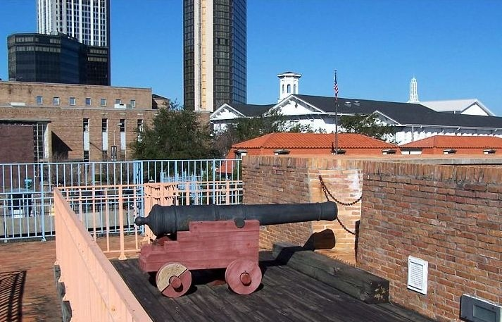 Cannon on the fort wall