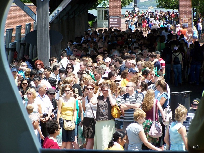 Crowds waiting for the ferry