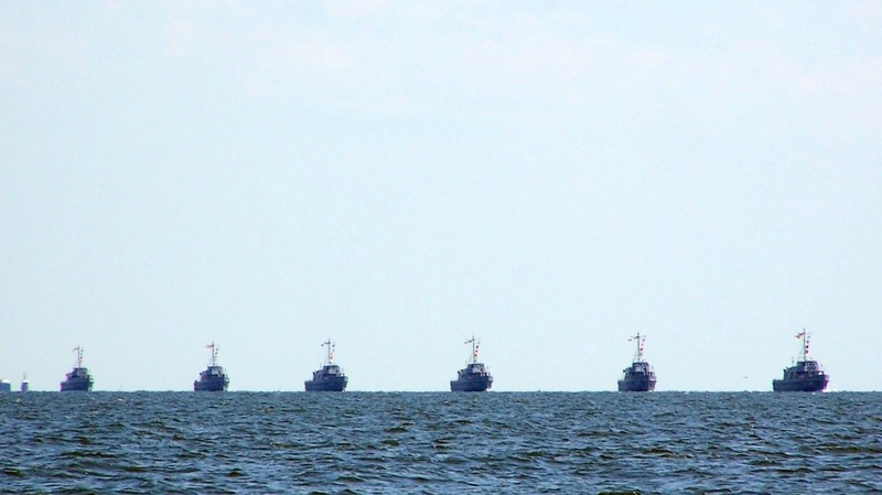 Boats in formation