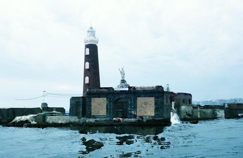 Molo di San Vincenzo Light