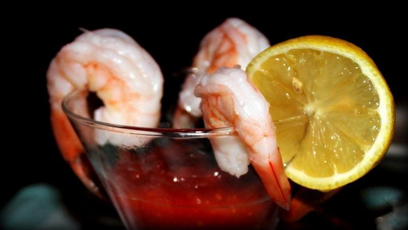 Shrimp cocktail ($14,00)