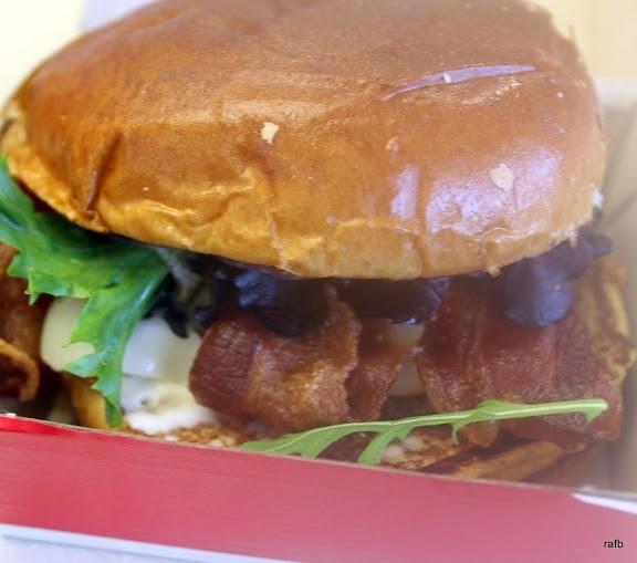 Single bacon mozzerella burger  $4.99