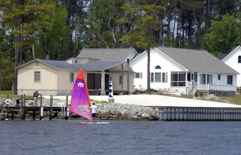Sail board up