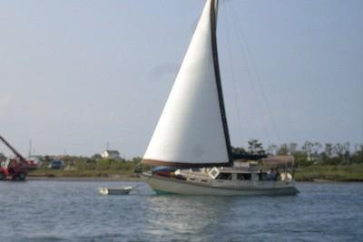 Artful Dodger aground