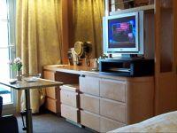Dresser in room - Seattle