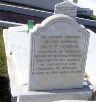 Dr Gordon's grave - Devonshire Parish