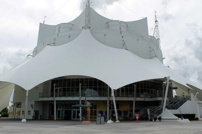 Circ de Soleil building