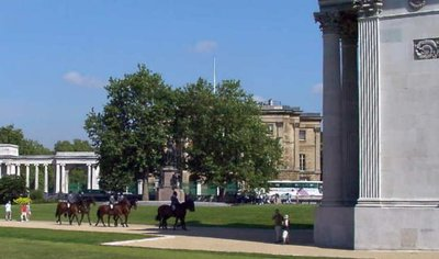 This picture is NOT of Rotten Row, but of riders near Wellington Arch on the south-east corner of the park.