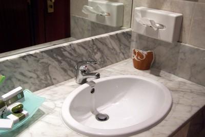 Sink in hotel