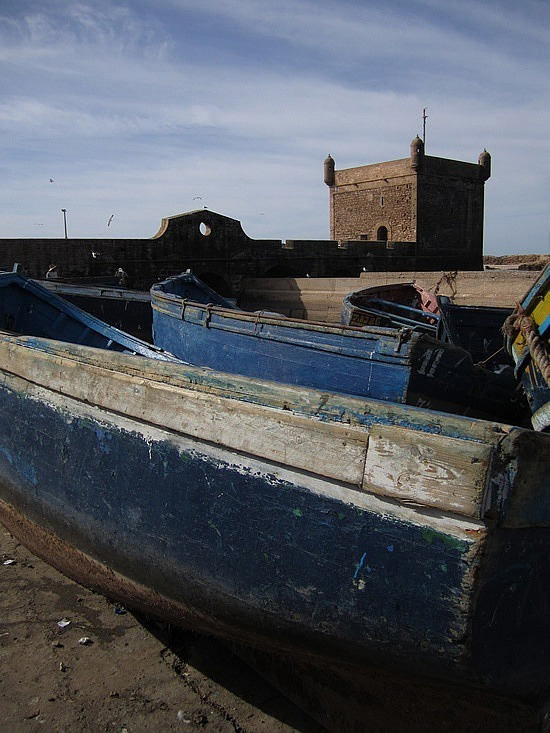 Fishing boats in front of the fortifications