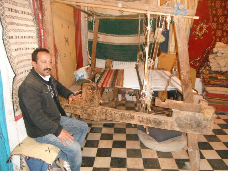 Fes el Bali Chouara tannery weaver shop proprietor and loom