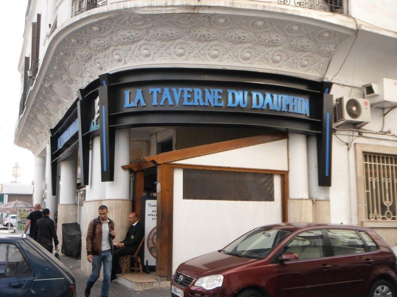 Casablanca Ave Felix H Boigny, Taverne du Dauphin