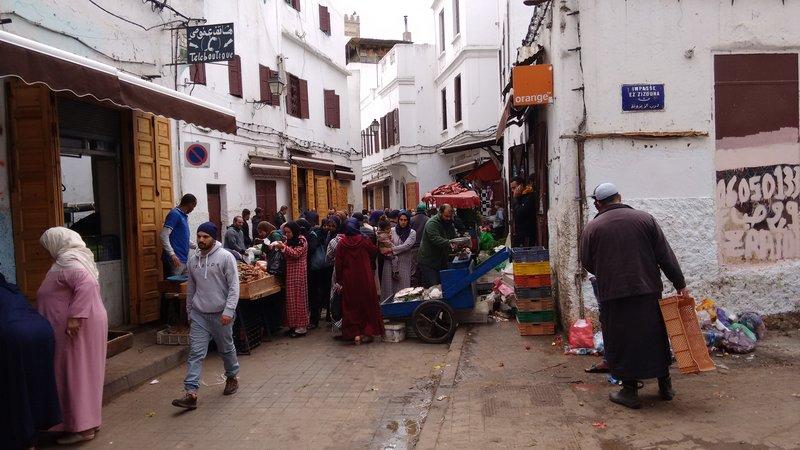 Casablanca old Medina Impasse el Zizouna a crowded street market