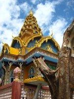 Wat Sompeau at Bardambang